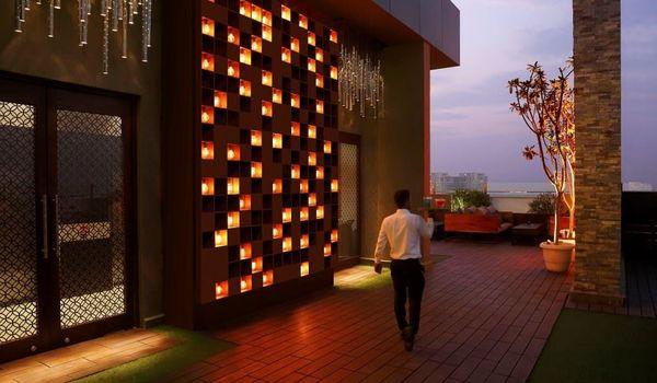 Vibe: The Sky Bar-Doubletree by Hilton, Gurugram Baani Square-restaurant/121541/restaurant120190201050728.jpg