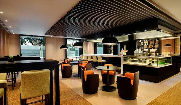 re:cess-Hilton Bangalore Embassy GolfLinks-restaurant/332562/573_recess_+The+charming+cafe.jpg