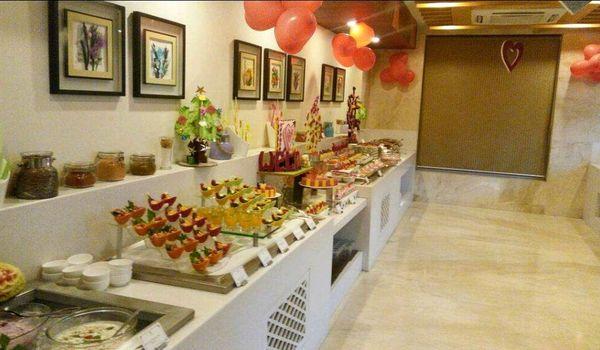 Capers-Golden Tulip Vasundhara Hotel and Suites, New Delhi-restaurant/644569/restaurant320170711115412.jpg