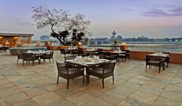 The River Front Grill-Lemon Tree Premier - The Atrium, Ahmedabad-restaurant/657638/restaurant120181206062121.jpg