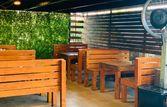 LIT Gastro Pub | EazyDiner