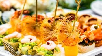 Delicious Buffets