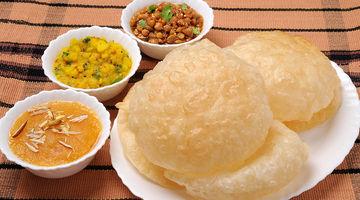Agra Mithaiwala Food & Chat,Gachibowli, Hyderabad