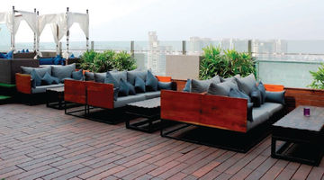 Vibe: The Sky Bar,Hilton Garden Inn, Gurgaon