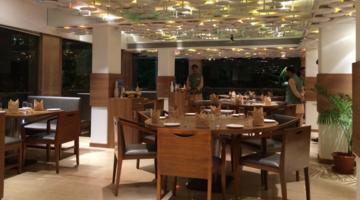Revival Restaurant,Chowpatty, South Mumbai