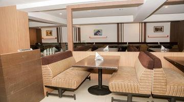 Madhura,Hotel Grand Bee, Bengaluru