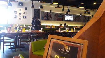Cafe Mezzuna,Forum Mall, Elgin