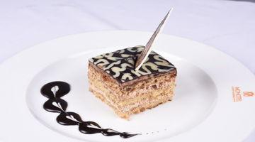Rendezvous,Monotel Luxury Business Hotel