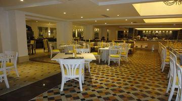 Piano,The Savera Hotel, Chennai