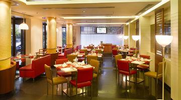 Aromas,Kenilworth Hotel, Kolkata