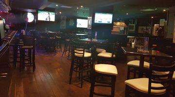 Legends Sports Bar,Chelsea Plaza Hotel, Dubai
