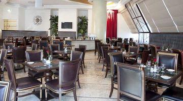 A La Grand,Grand Excelsior Hotel, Dubai