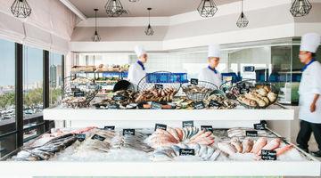Fish Market,Radisson Blu Hotel Dubai Deira Creek