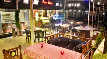Parsi Dhaba,Della Resorts and Adventure Park, Pune