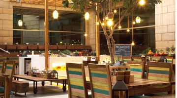 Courtyard Grill,Courtyard By Marriott, Gurgaon