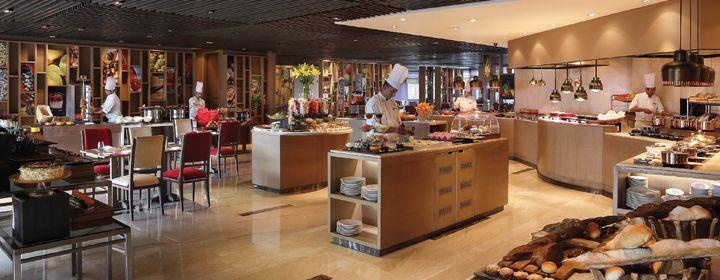 Cafe Knosh-The Leela Ambience Convention Hotel, New Delhi-restaurant420160816144744.jpg
