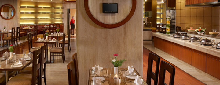Lutyen's-The Royal Plaza, New Delhi-restaurant020160427154259.jpg
