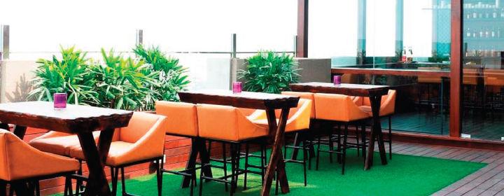 Vibe: The Sky Bar-Hilton Garden Inn, Gurgaon-3134_2-01.jpg