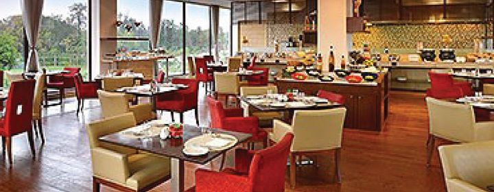 The Eatery-Four Points by Sheraton-restaurant020160606160008.jpg