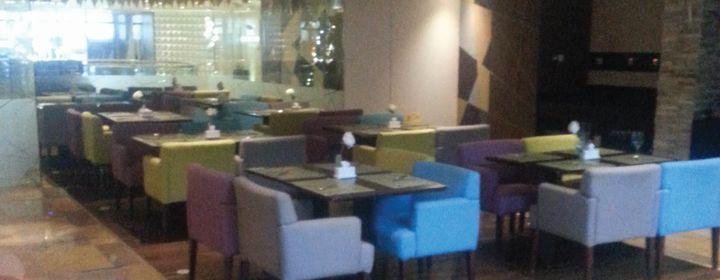 Azka-Raintree Hotel Deira City Centre, Dubai-restaurant220161214122729.jpg