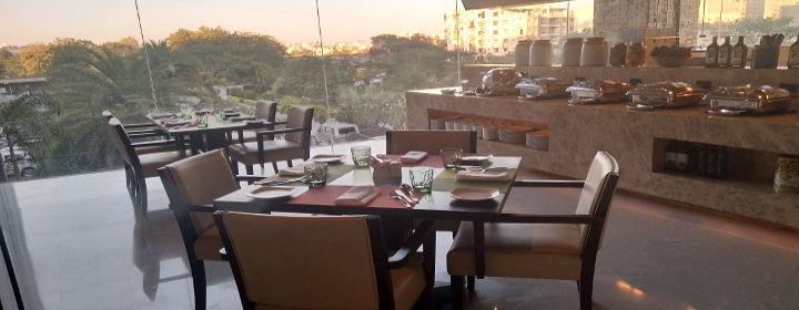 R Kitchen - Renaissance hotel-Sola, West Ahmedabad-restaurant420171228113755.jpg