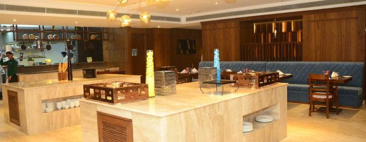 Feast-Radisson Chandigarh-restaurant320180806115845.jpg