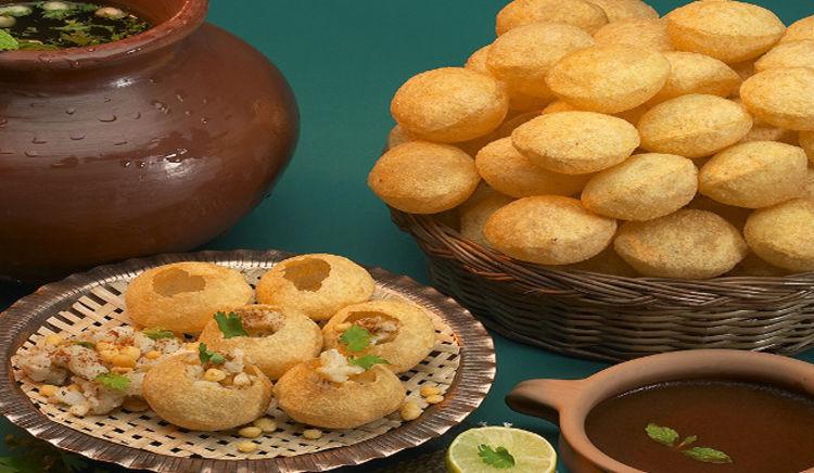 When it is Kolkata, it is phuchka