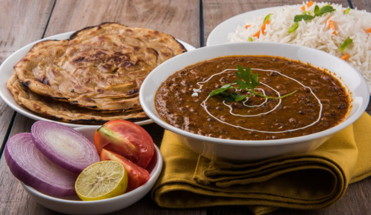 Enjoy Kulchas, pizzas, Gujarati thali, North Indian and Chinese cuisine in the newly opened eateries in town!