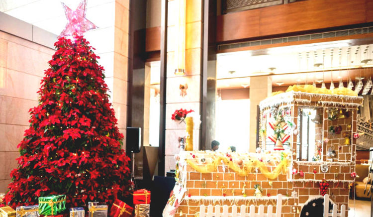 Hotels serving sumptuous Christmas spreads in Hyderabad