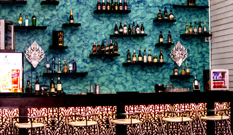 Amazing bars where you can spend good time with your bae