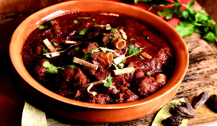 Enjoy a flavourful royal repast from Rajasthan!