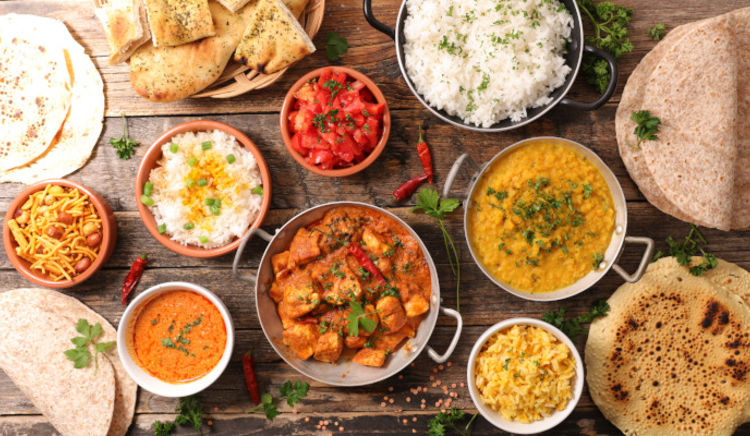 Amazing eateries in Mumbai serving a slice of heaven with their varied Indian specialties