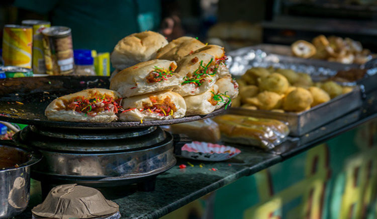 Pune's famous eateries known for their delicious & lip smacking offerings