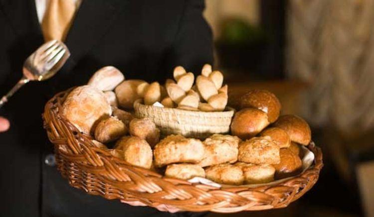 List of Popular Restaurants that Bake Delicious Breads