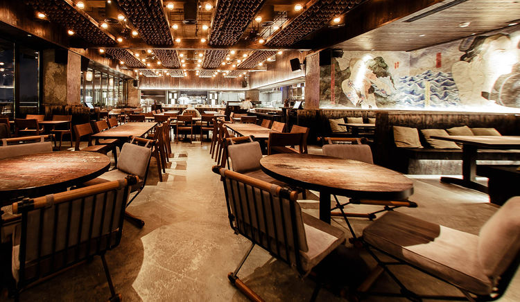 Don't forget to visit this Seafood restaurant in Dubai