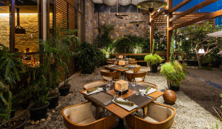 Fabulous eateries in South Delhi known for their delectable fare and gorgeous ambiance