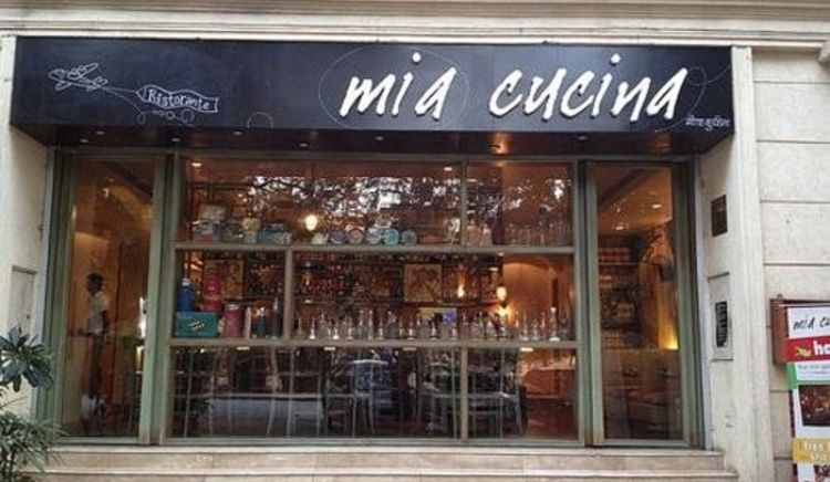 Craving for some cheesy options, let Mia Cucina satiate your taste buds!