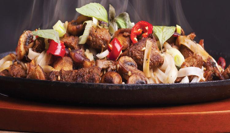 Restaurants in Mumbai that love serving Big Portions